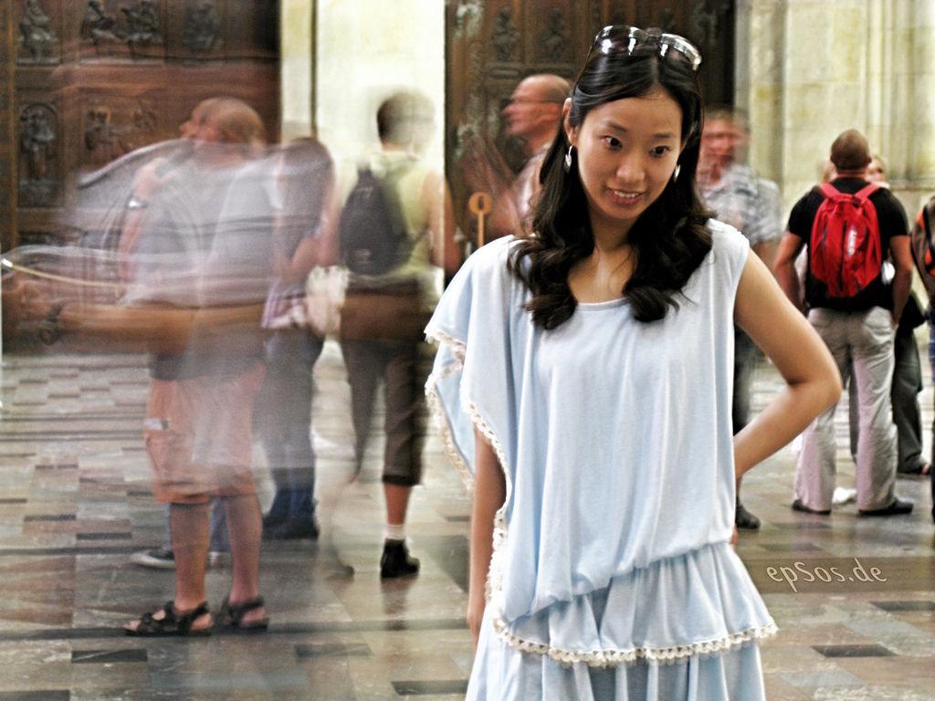 Beautiful Asian Woman in Dress By epSos.de