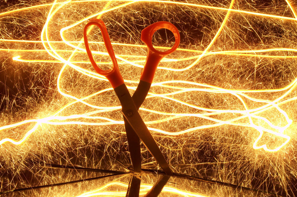 Painting scissors with light 3 By sociotard