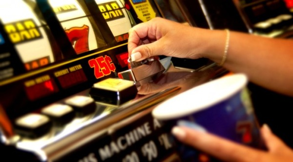 casino-640x354