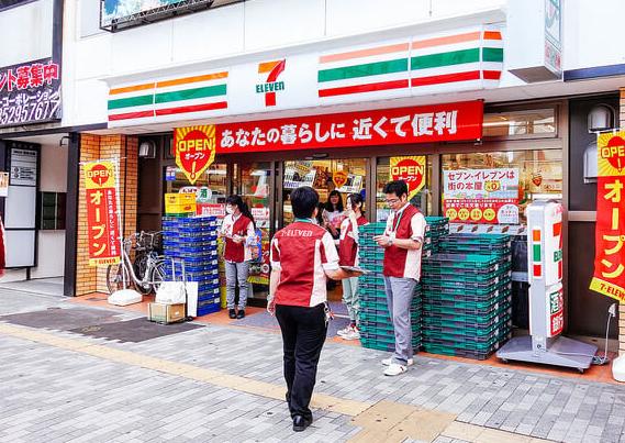 【悲報】セブンイレブン、レジ袋有料化検討