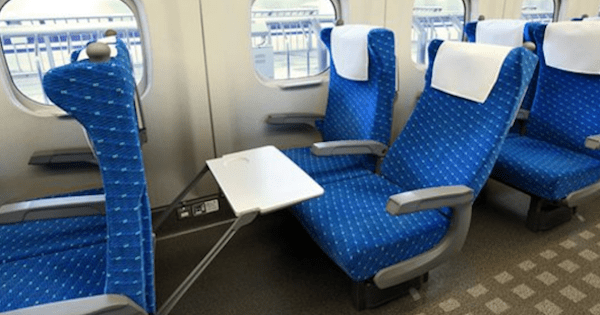 【Twitter】女さん、新幹線で席を倒そうとするも後ろの男客の対応に激怒