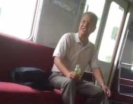 電車内ジジイ「若いのに座るな」 ワイ「・・・」黙って立つ