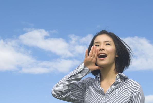 自分の声にコンプレックスを抱えている人は35.8%、約3人に1人が自分の声が嫌い
