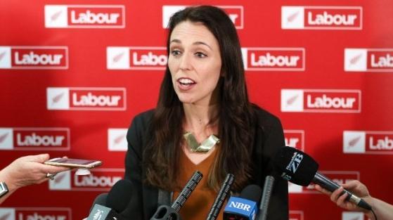 【悲報】ニュージーランド首相、頭がおかしくなる