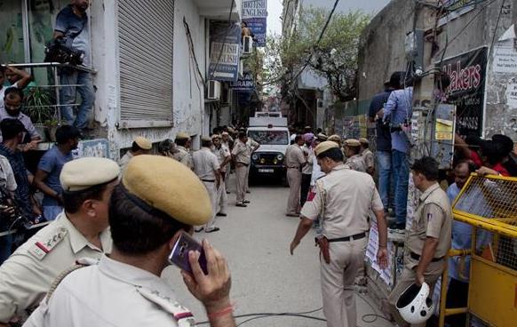 【恐怖】インドで10人の宙吊り遺体→現地警察「これは自殺」