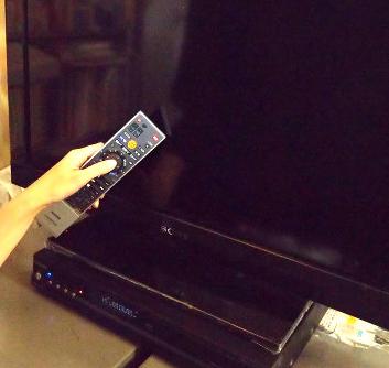 【勝ち組】ワイの家にビデオリサーチの機械が取り付けられる