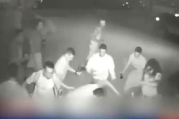 友人を集団暴行し重傷負わせる→血が付いたからクリーニング代払えと現金恐喝 17歳ら少年3人逮捕