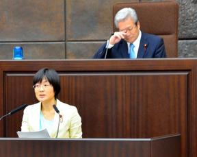 「のどあめを口に含むのは医療行為だ」市民団体が熊本市議会に抗議