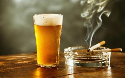 ワイ(20)「今日は誕生日や!さっそく酒とたばこ買ってきたろ!」