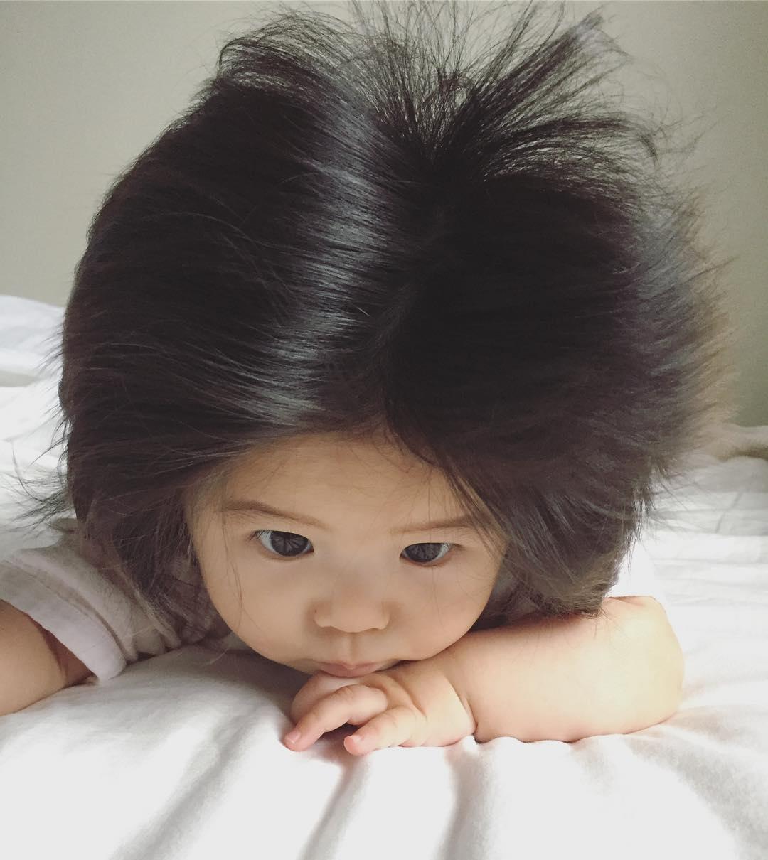 【画像】生後半年の赤ちゃんですらフサフサなのに、お前らときたら・・・
