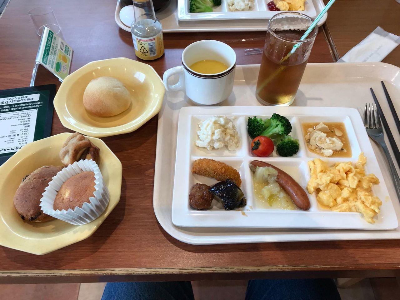 【最強コスパ】ココスの朝食バイキング680円wwwww