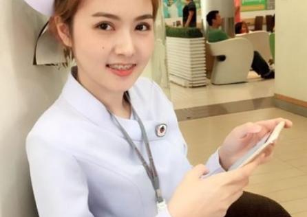 美人すぎる看護師が美人すぎて病院を解雇「彼女は看護師らしからぬ存在」