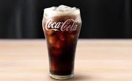「水がないならコーラを飲めばいいじゃない」 皆で1日2リットルのコーラを飲み続けた結果・・・