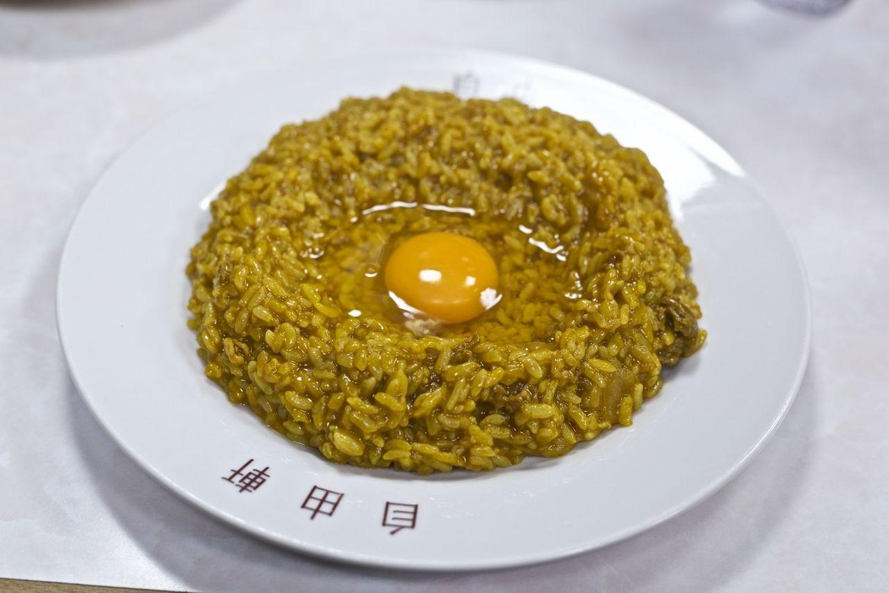 ケンコバ「大阪ではカレーに生卵を入れるのが普通です」驚きの声