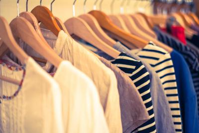 アパレル業界、ショッピングモールでも服が売れなくなって悲鳴