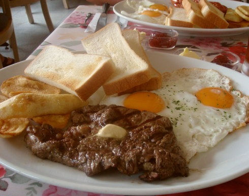 【画像】アメリカの朝ご飯ワロタwwwwww