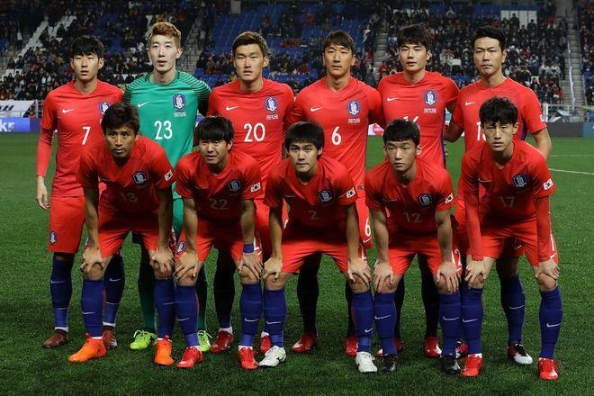 サッカー韓国代表「日本に負けたら飛行機から飛び降りる」