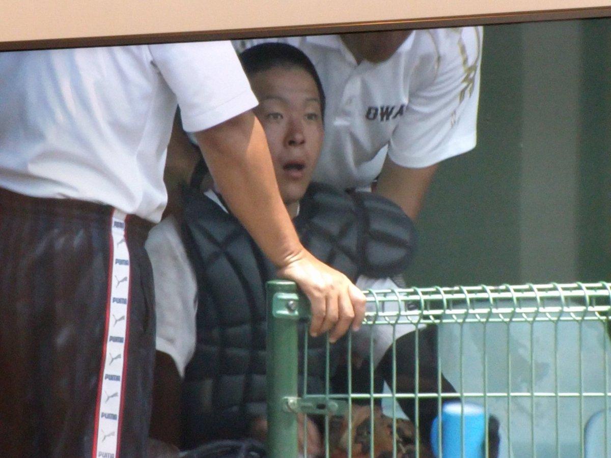 【悲報】高校球児さん、猛暑の中試合をさせられておかしくなってしまう