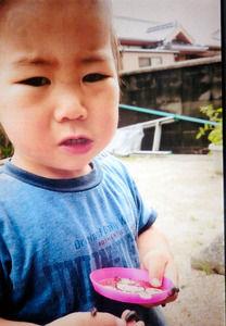 1歳の男児が行方不明 祖父と一緒に家を出て100m、「帰る」と言ったので一人で帰らせる