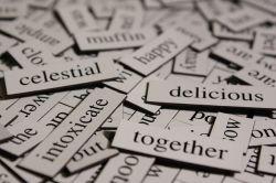 受験生「英語覚えるぞ!まずは英単語暗記して次に文法暗記して……」←これ