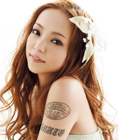【悲報】美女のタトゥー、外人さんにクレイジーだと酷評される