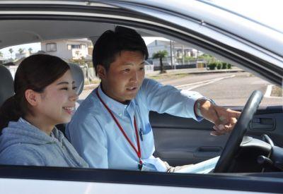 自動車教習所の教官の給料wwwwww