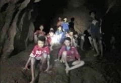 【タイ洞窟】少年ら13人全員無事救助されるも世界中から叩かれる