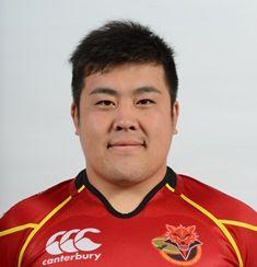 ラグビー日本代表選手が酔って車に轢かれるも、他の選手が車を持ち上げて救出
