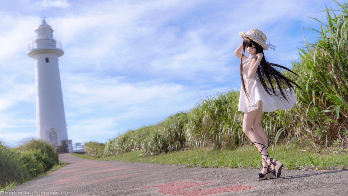 【画像】白ワンピースに麦わら帽子の黒髪ロング美少女wwww