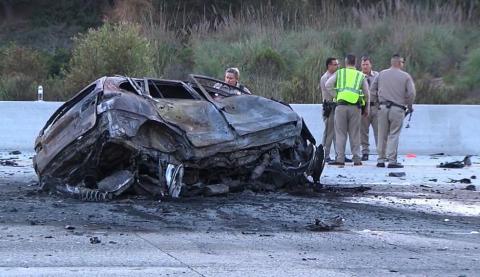 【逆走してみた】ユーチューバーが道路逆走で激突死、対向車の母娘も死亡