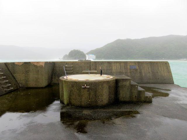 【台風被害】灯台が根元から消失  鹿児島