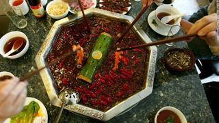 【悲報】「1カ月食べ放題」の中国激辛料理店、客殺到で閉店