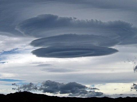 【画像】恐ろしい雲が出現