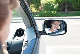 浅知恵女さん(43)「公用車で事故ってもうた・・・せや、乗る前から壊れとったことにしたろ!w」←簡単にバレる