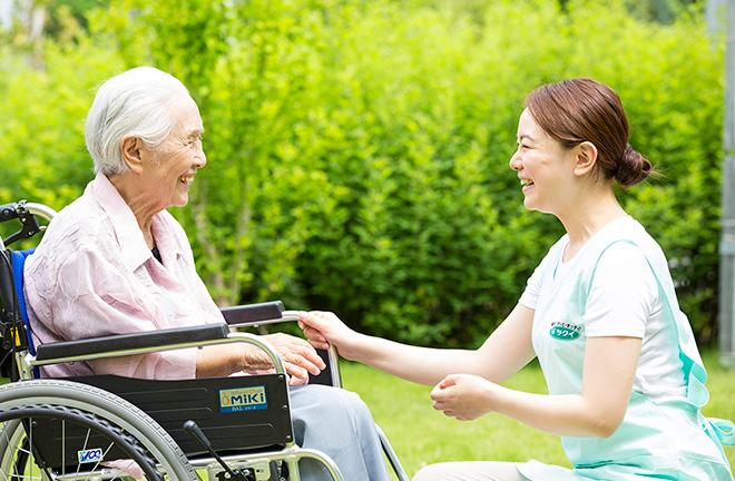 介護業界「きつくて汚い仕事だと誤解されている。やりがいがある仕事だと知ってほしい」