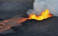 日本人「池の水全部抜くw(ポンプシュゴー」 キラウエア火山「はぁ・・・」