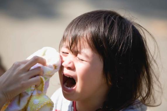 窃盗を働いた娘(9)を叱ったボランティアに対し「叱られたせいでPTSDになった」と200万円の損害賠償請求→敗訴