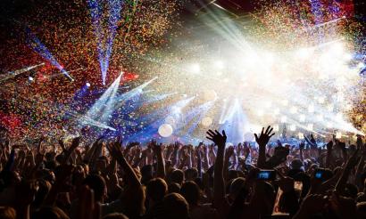 【 夏フェス】コンサートに行くと寿命が延びるという研究結果!「高レベルの幸福感が寿命をのばす」