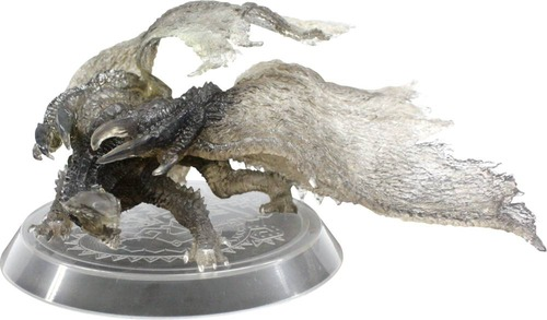 Monster Hunter 4 Figure 1