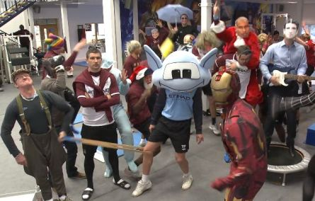 Manchester-City-do-the-Harlem-Shake