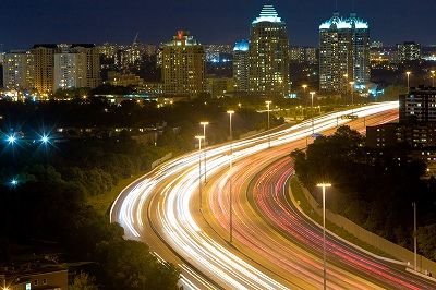 s_Highway_401_Night_Lapse_Busy