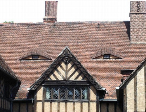 buildings-with-unintentionally-funny-faces-3