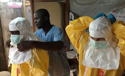 s1407051403606592_ebola