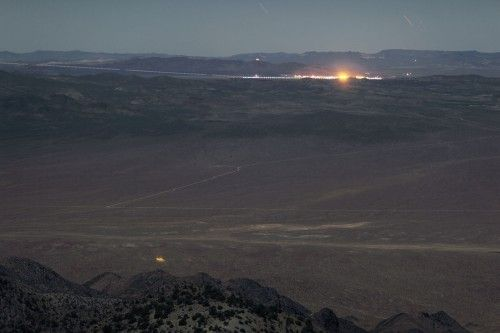 groom_lake_737_night_landing-500x333