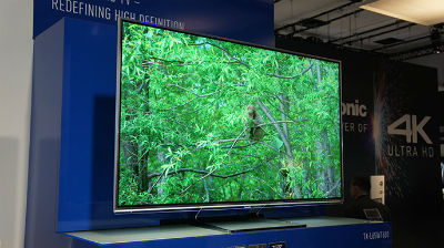 Panasonic-4K-TV-688_s