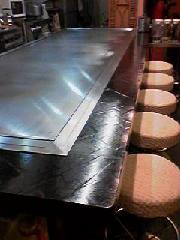 ピカピカの新しい鉄板