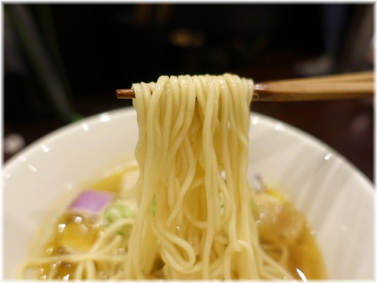 鳥田中2 あごだしラーメンの麺