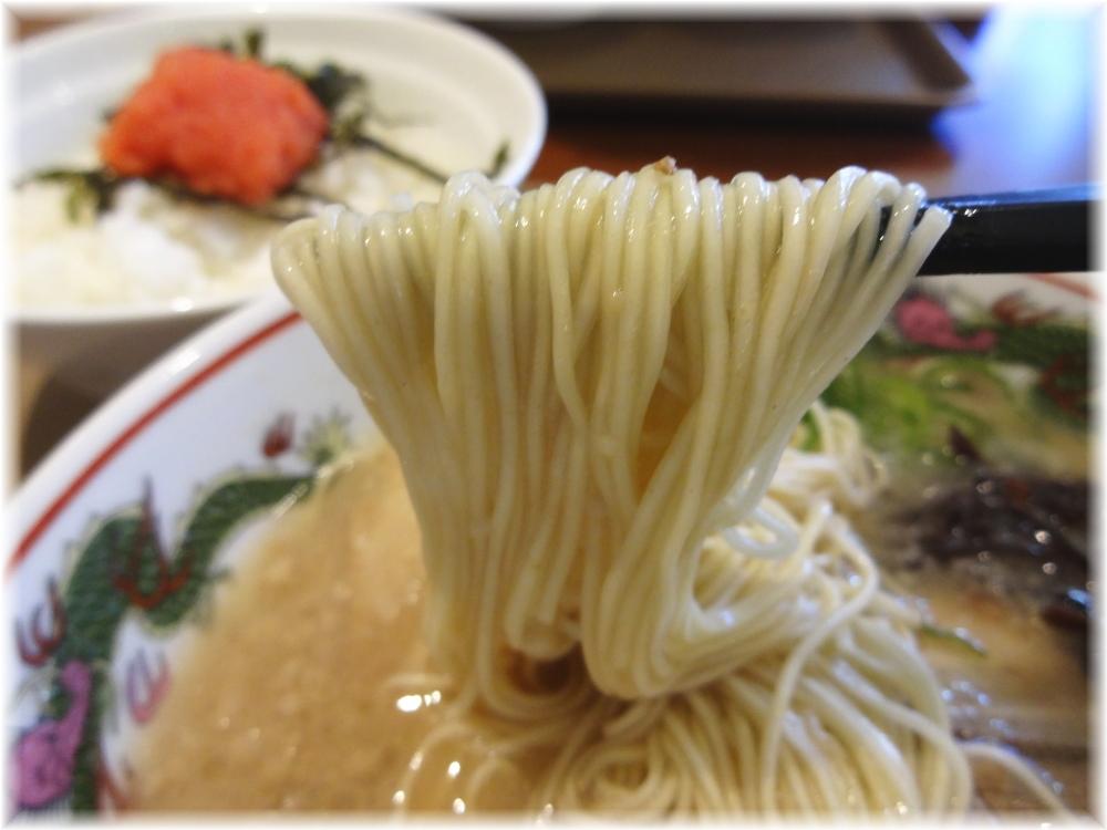 博多だるまJAPAN ラーメンの麺
