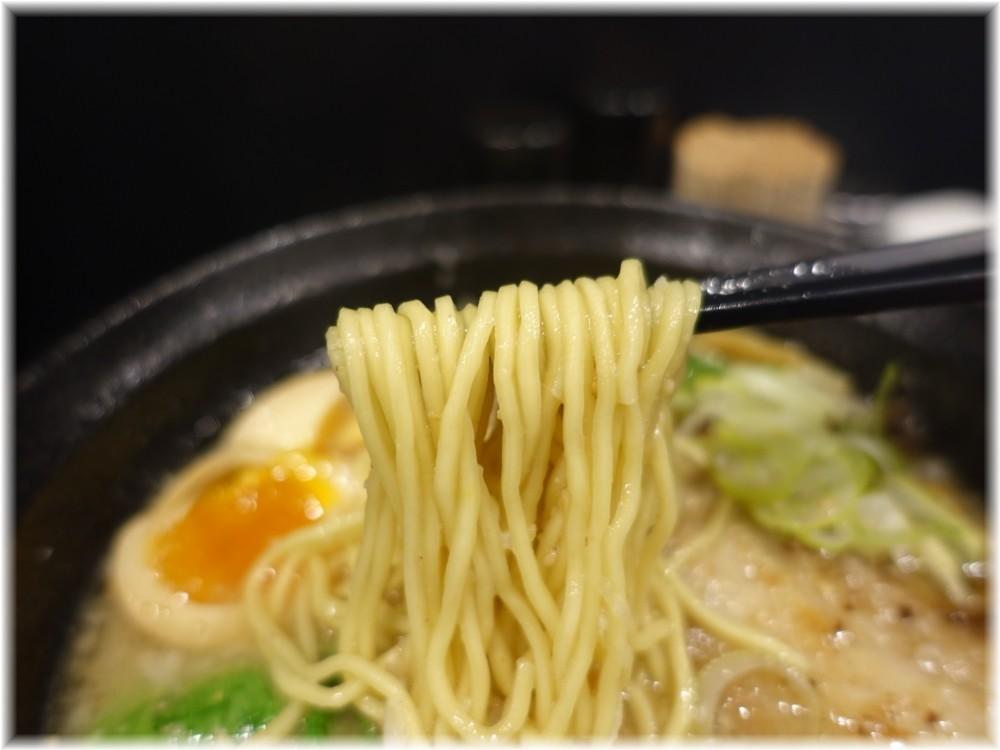 麺屋笹苑 特製醤油の麺