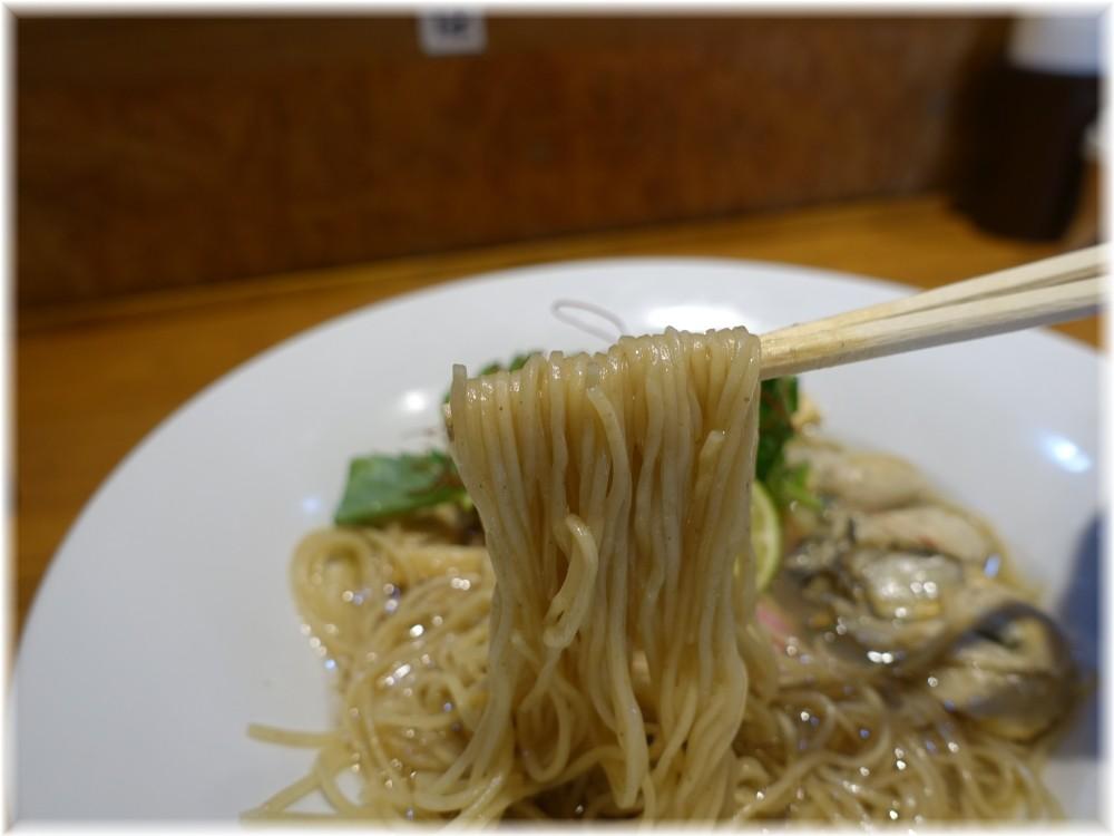 寿製麺よしかわ川越店4 カキそばの麺